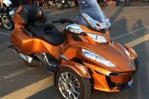 来一辆我们为您精心挑选的二手摩托车,如何?